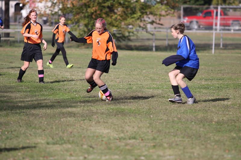 soccer u 14 tigers gm 4(6)f-09 016