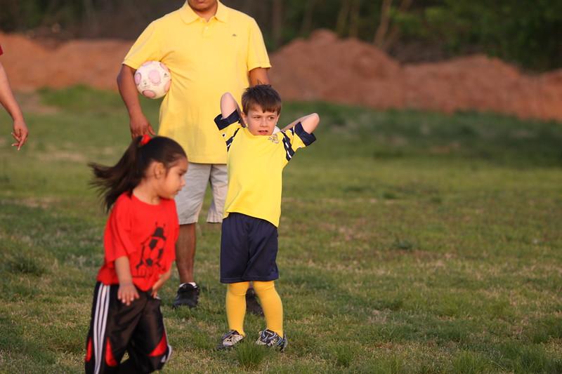 soccer u 6 ladybugs team-game s09 049