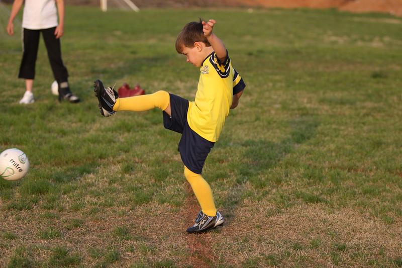 soccer u 6 ladybugs team-game s09 018