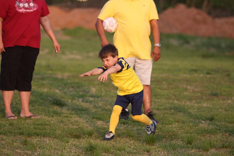 soccer u 6 ladybugs team-game s09 050