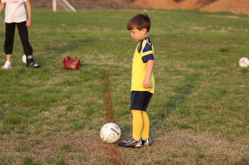 soccer u 6 ladybugs team-game s09 016