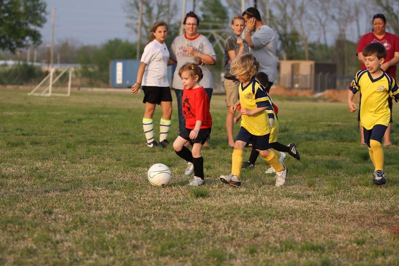 soccer u 6 ladybugs team-game s09 029