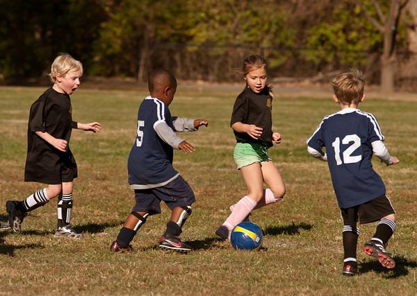 20101107-JP Kindergarten Soccer-2075
