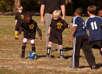 20101107-JP Kindergarten Soccer-2065
