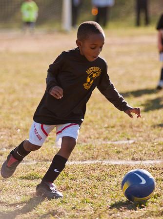 20101107-JP Kindergarten Soccer-2056