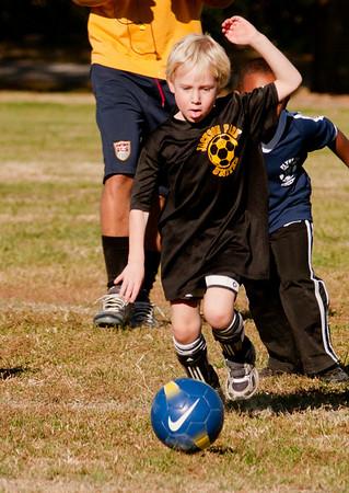 20101107-JP Kindergarten Soccer-2089