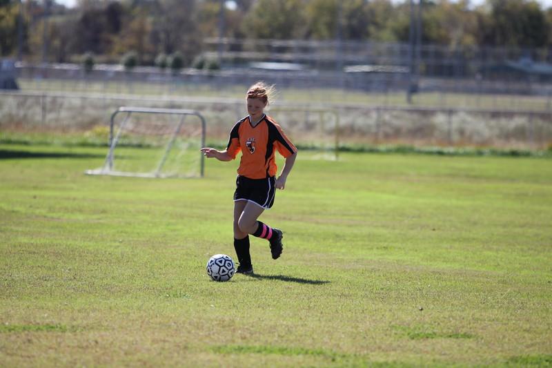 soccer u 14 tigers gm 6 f-09 011
