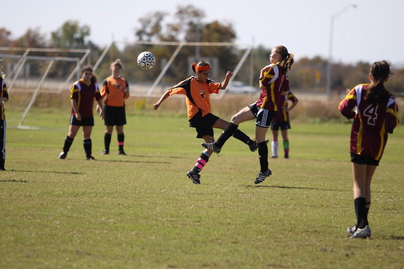 soccer u 14 tigers gm 6 f-09 023