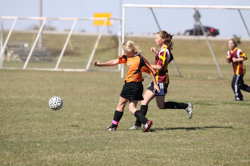 soccer u 14 tigers gm 6 f-09 035