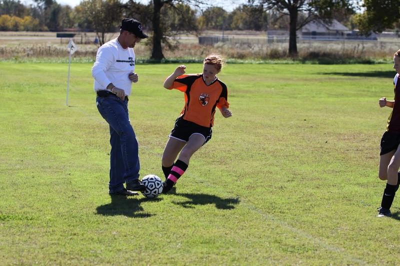 soccer u 14 tigers gm 6 f-09 037