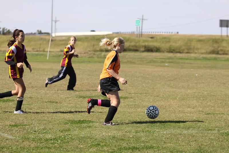 soccer u 14 tigers gm 6 f-09 015