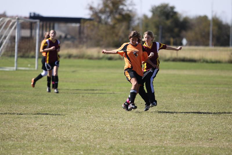 soccer u 14 tigers gm 6 f-09 043