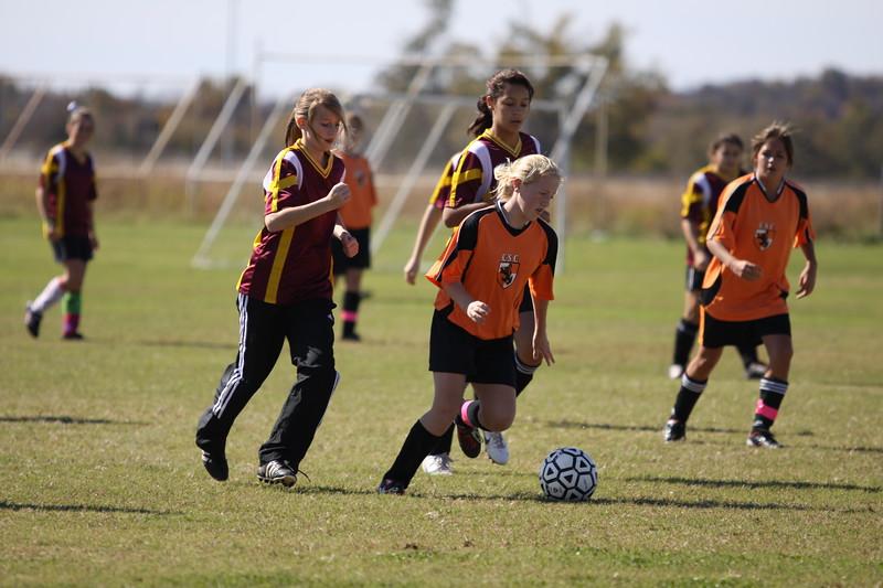 soccer u 14 tigers gm 6 f-09 029