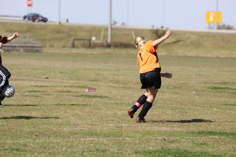 soccer u 14 tigers gm 6 f-09 016
