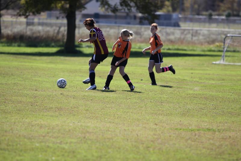 soccer u 14 tigers gm 6 f-09 003