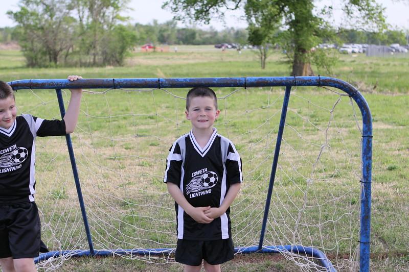 soccer u 8 lightning s09 003