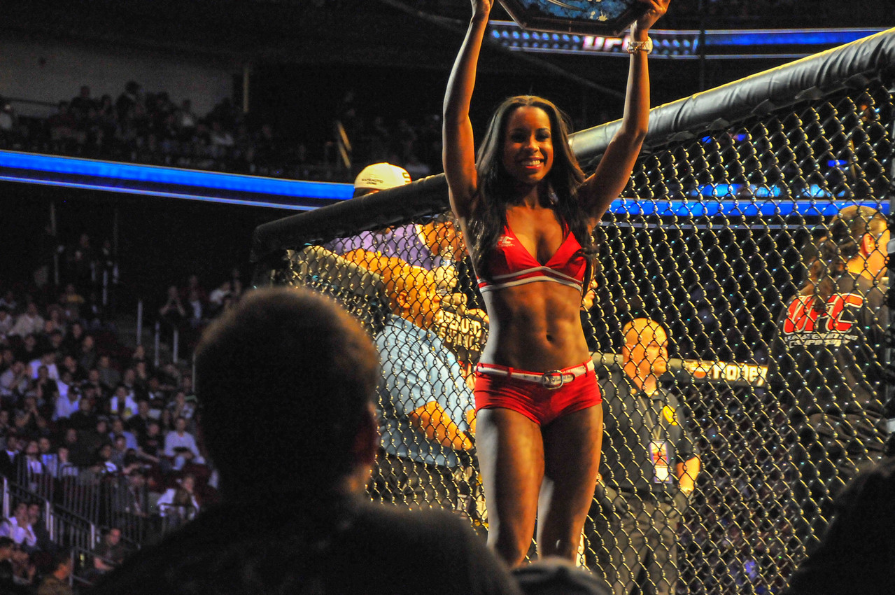 Chandella Powell, UFC 128 - March 2011