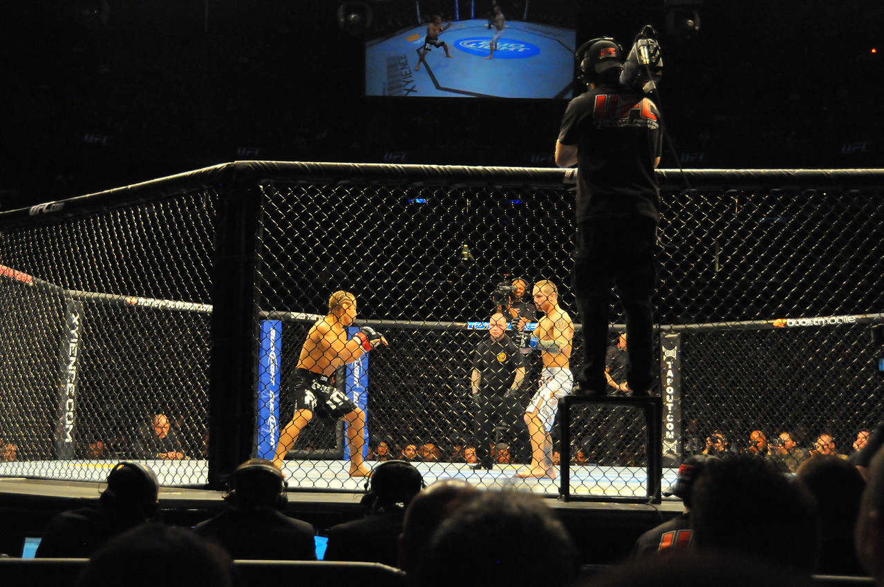 Urijah Faber vs. Eddie Wineland, Prudential Center - March 2011