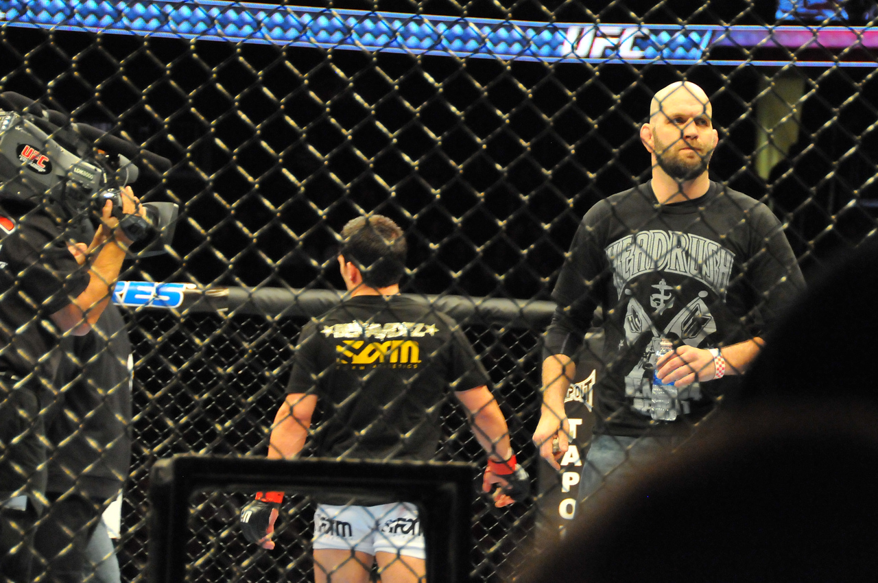 Matt Lindland, UFC 128 - March 2011