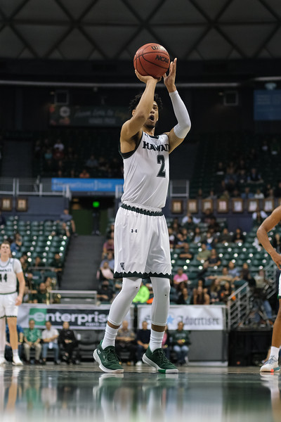Justin Webster shoots a FT at the Stan Sheriff Center, Honolulu, Hawaii on January 18, 2020.