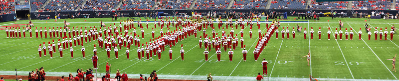 UH Marching Band in Formation ...