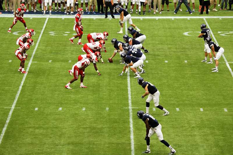 Just before Rice snaps the ball ...