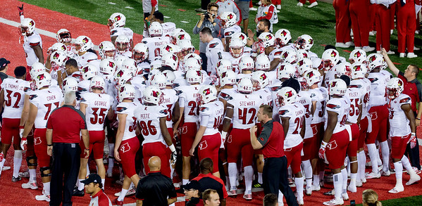 "The Louisville Cardinals pregame -- signal ""We are No. 1"""