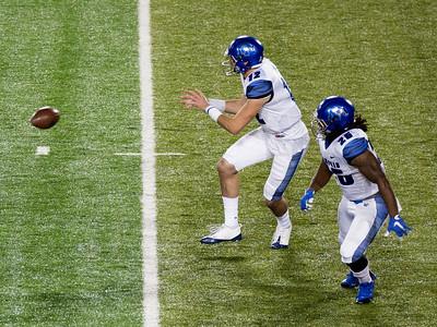 Here comes Memphis quarterback Lunch again.