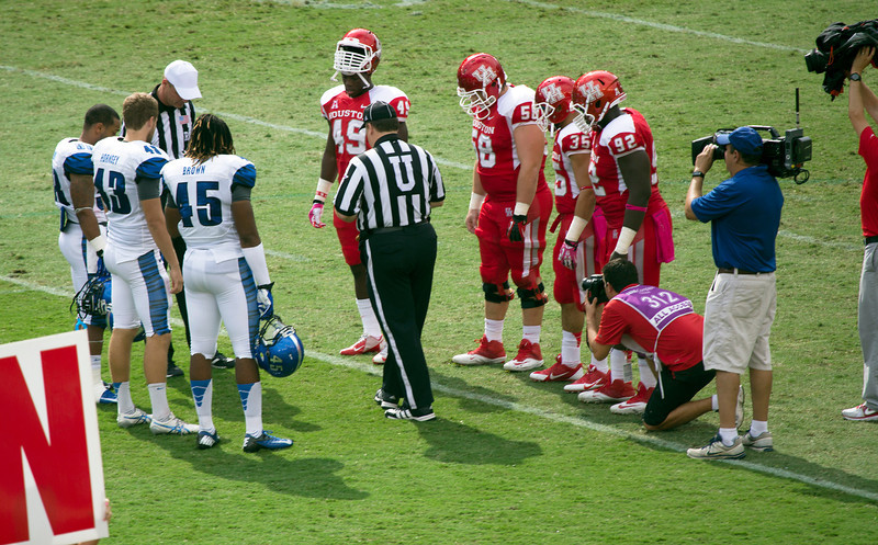 The Coin Toss: Memphis State wins and opts to receive.