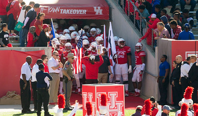 Major Applewhite and the UH Cougars about to enter