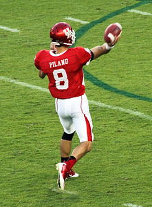 Piland passing the ball