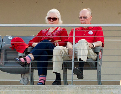 Carolyn and Jerry Warren are not pleased that SMU draws first blood.
