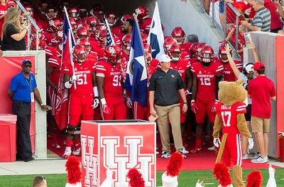 The UH Cougars are about to enter ... led by Major Applewhite.