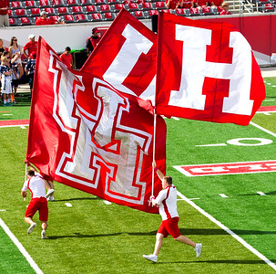 ... and the UH flags.