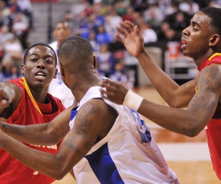 2010 Boys Basketball Tournament - 3A Semifinal Game - Lubbock Estacado (white) vs. Stafford (red).  Lubbock Estacado won 45-40.