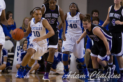 Junior guard, Bernisha Pinkett, with the ball during the first half of the UK vs. High Point basketball game at Memorial Coliseum on Saturday, Nov. 17, 2012. Photo by Adam Chaffins | Staff