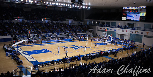 The final three minutes of the UK vs. High Point basketball game at Memorial Coliseum on Saturday, Nov. 17, 2012. Photo by Adam Chaffins | Staff