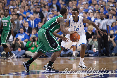 UK freshman guard Archie Goodwin guarding Marshall sophomore Chris Martin during the first half of the UK vs. Marshall basketball game at Rupp Arena on Saturday Dec. 22, 2012. Photo by Adam Chaffins | Staff