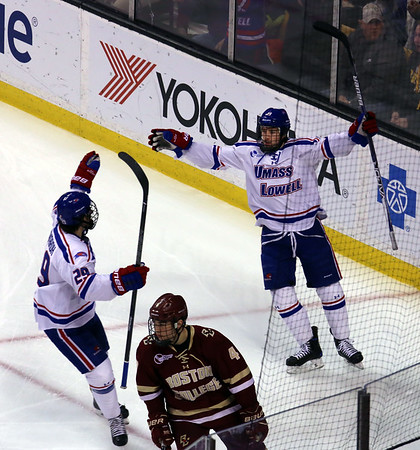 UML Hockey East win 031817