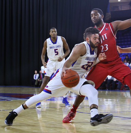 UML NJIT basketball 120316