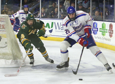 UML vs Vermont hockey 110516