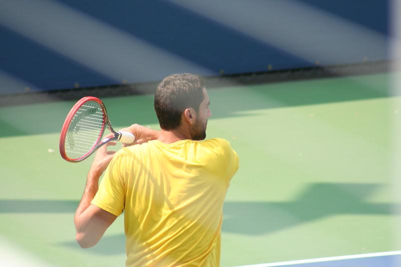Marin Cilic practicing