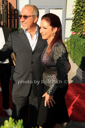 Emilio Estefan, Gloria Estefan<br /> photo  by Rob Rich © 2010 robwayne1@aol.com 516-676-3939