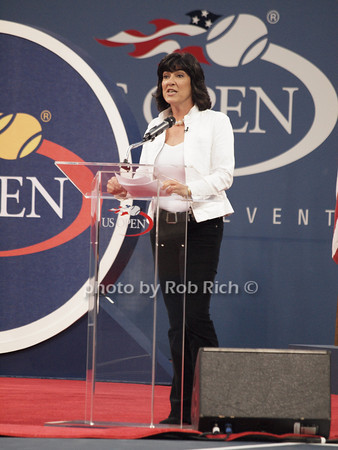 Christiane Amanpour<br /> photo  by Rob Rich © 2010 robwayne1@aol.com 516-676-3939