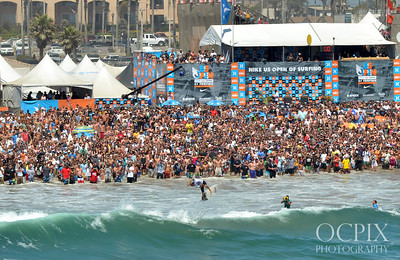 Kelly Slater wins the 2011 US Open of Surfing