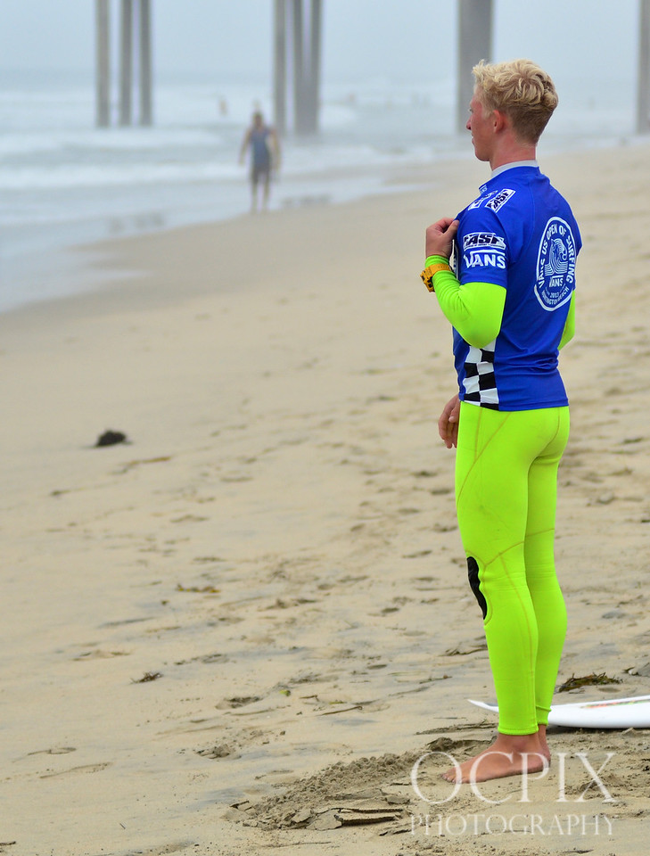 Surfer waits for his heat at the US Open of Surfing