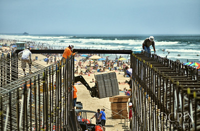 Construction of 2013 Vans US Open of Surfing