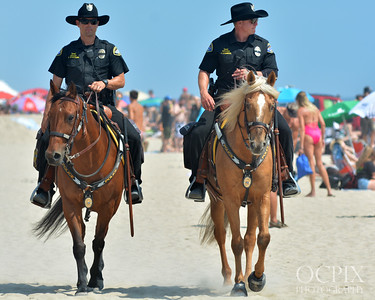 Mounted PD at 2016 US Open of Surfing in Huntington Beach