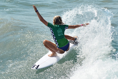 Kayla Coscino at the 2018 US Open of Surfing