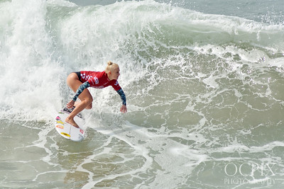 Tatiana Weston-Webb at the 2019 US Open of Surfing